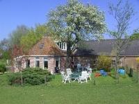 huis met tuinterras