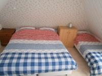 b2-tweepersoons+eenpersoons-bed